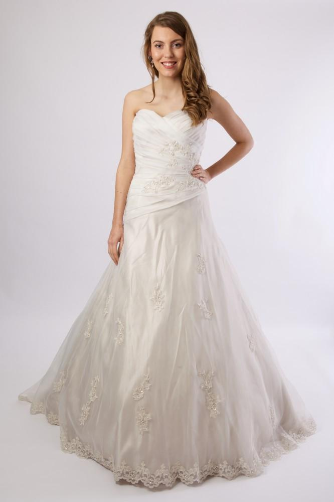 Trouwjurk 4512 - Sincerity Bridal